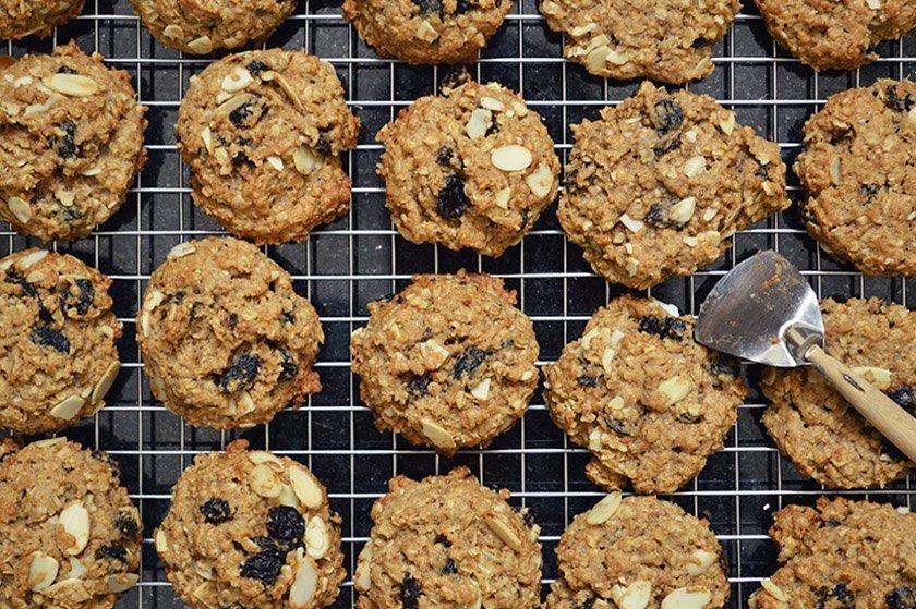 Almond and Raisin Oatmeal Cookies