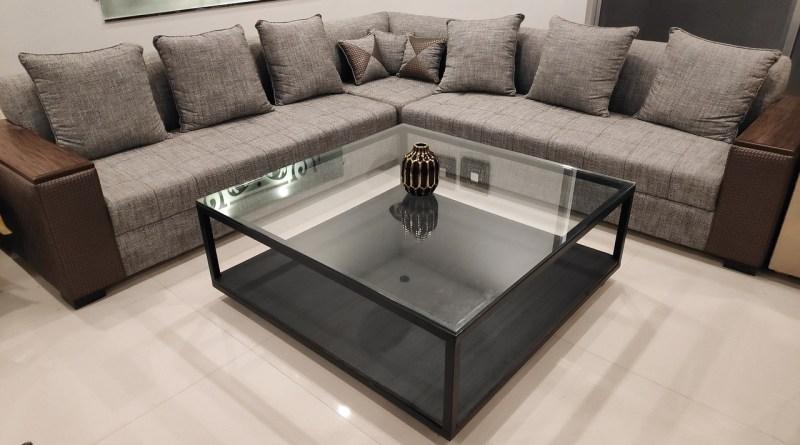 Table Decor Home Furniture  - UmerSaud / Pixabay