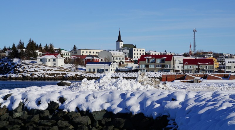 Winter Town Iceland Townscape Snow  - mortons6 / Pixabay