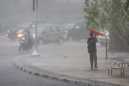 Hujan-Deras-Mengguyur-Bogor, Jakartatraveller.com