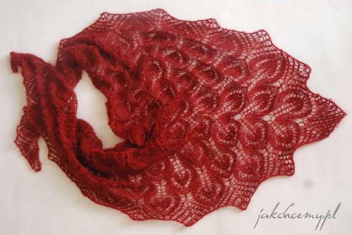 chusta Gail na drutach własnoręcznie