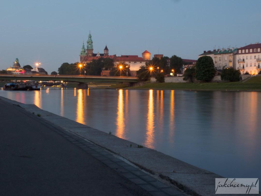 Wawel juz za mostem