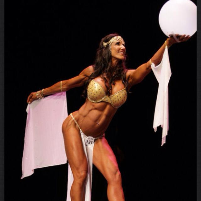 A Conversation with Amy Schooler WBFF Pro - Jake's Take