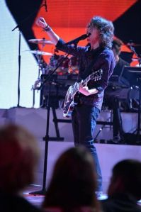 "Jesse Kinch continues to shine during ""Rising Star"" Top Eight"