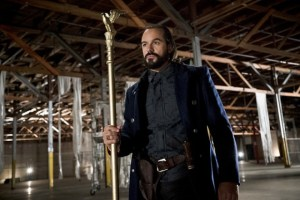 "Vandal Savage Takes on the Heroes of ""ARROW"" & ""FLASH"""