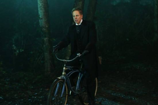 "Hades channeled his Ms. Glutch tonight on ""Once Upon A Time,"" but did Zelena fell for him? (Photo property of ABC)"