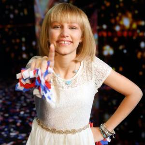 "Grace VanderWaal returns to ""America's Got Talent"""