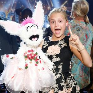 "Darci Lynne Farmer returns to ""AGT"" as the first group of semifinalists are revealed"