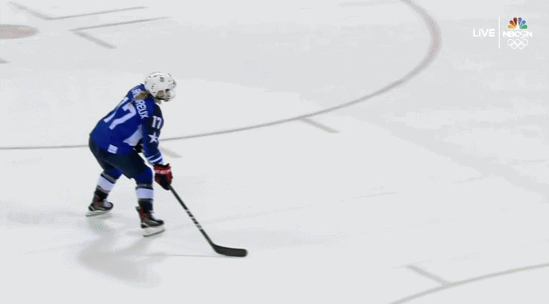 RT @11W: Jocelyne Lamoureux-Davidson's shootout…