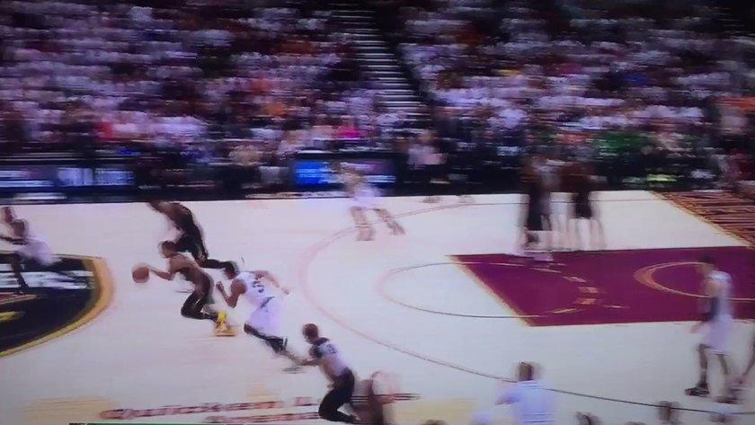 RT @SheaSerrano: LEBRON JAMES IS…