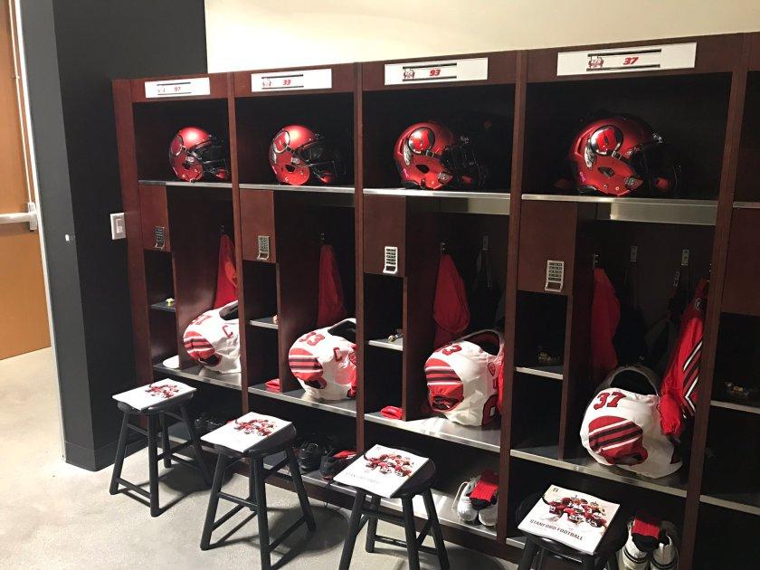 RT @UtesEquipment: Locker room setup…