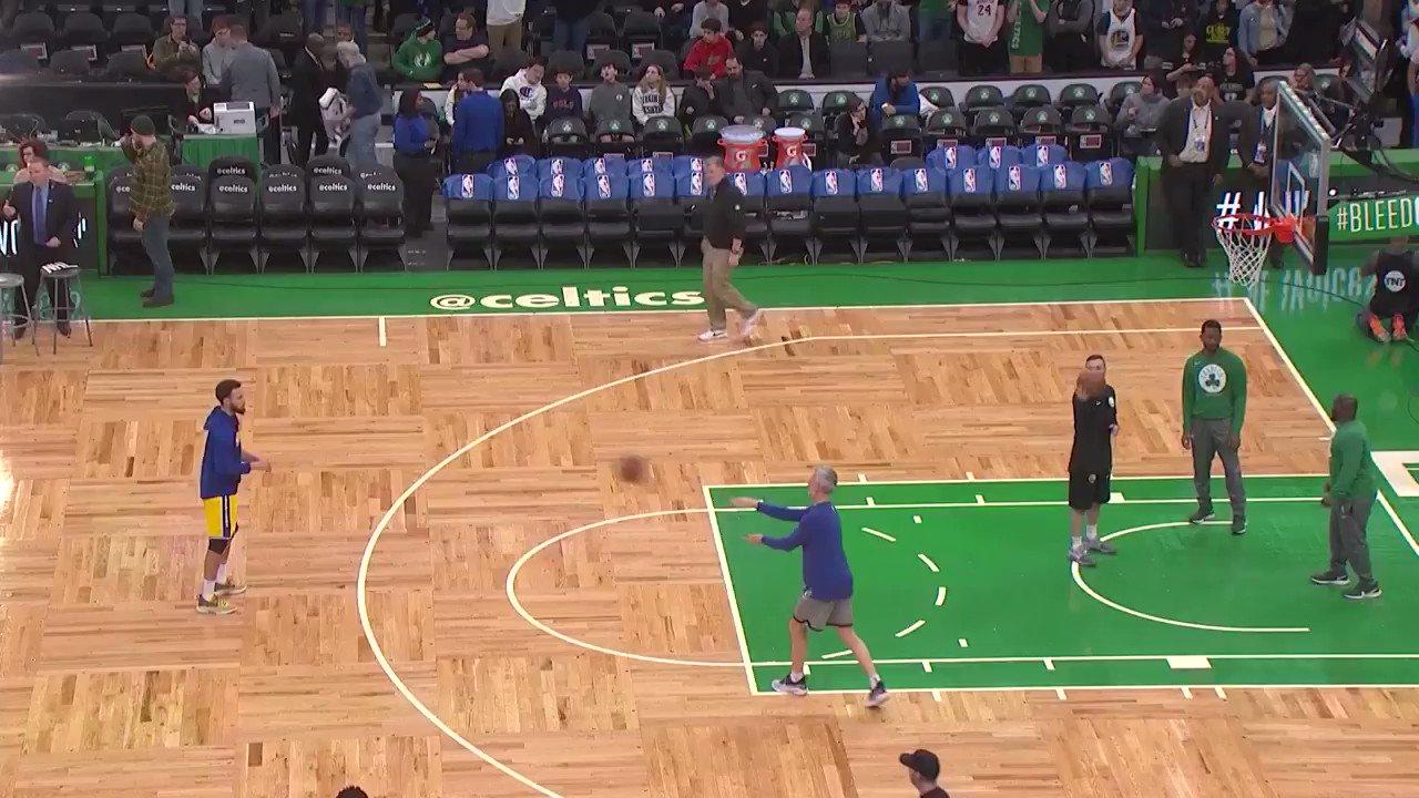 RT @gswchris: Steph Curry knocking…