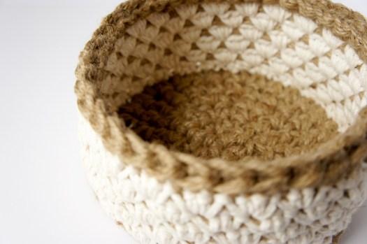 Jute and Cotton Crochet Basket by JaKiGu