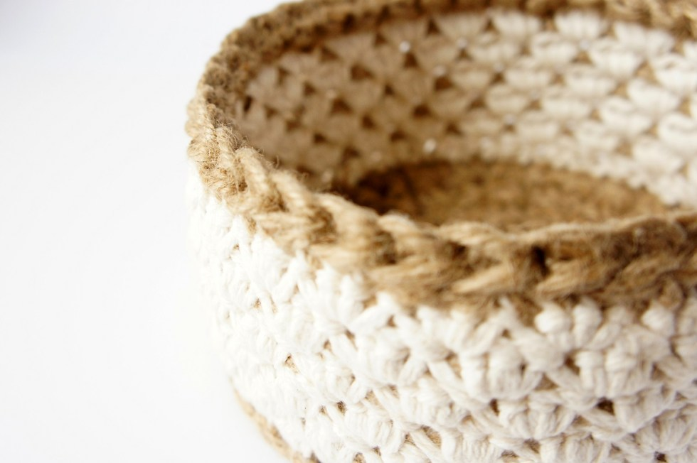 Jute and Cotton Crochet Basket by JaKiGu