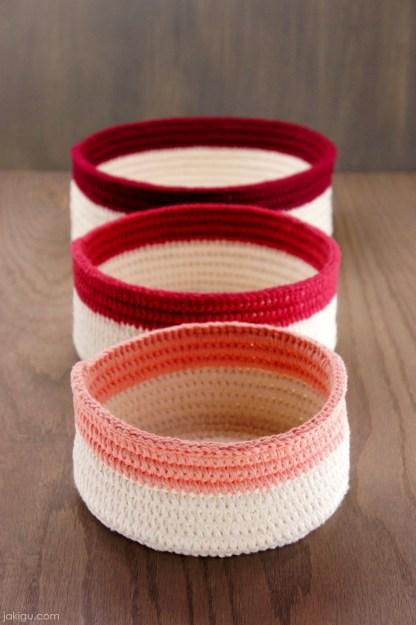 Sturdy Crochet Baskets   jakigu.com crochet pattern