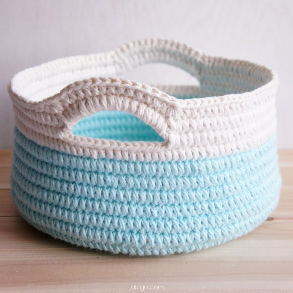 Modern crochet baskets - quick and easy crochet pattern