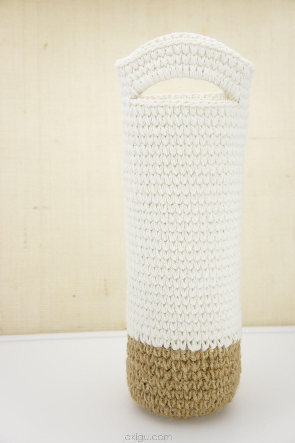 Wine Bottle Cover / Cozy - crochet pattern by jakigu.com