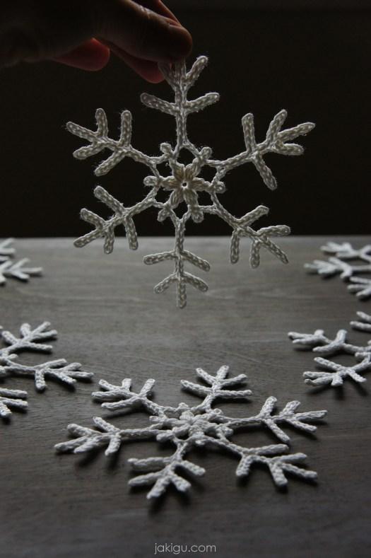 jakigu.com | free crochet snowflake pattern