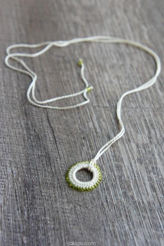 Crochet Karma Necklace, jakigu.com free crochet pattern