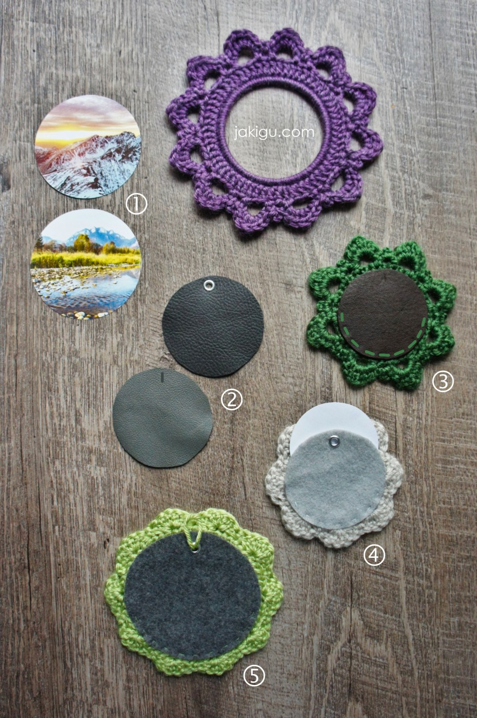 Attaching picture to crochet picture frames / jakigu.com guide