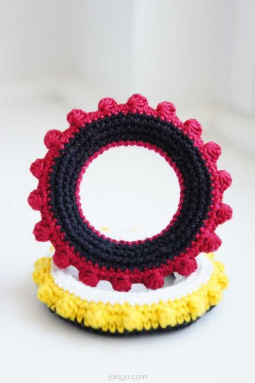 Tactile Toy | jakigu.com crochet pattern