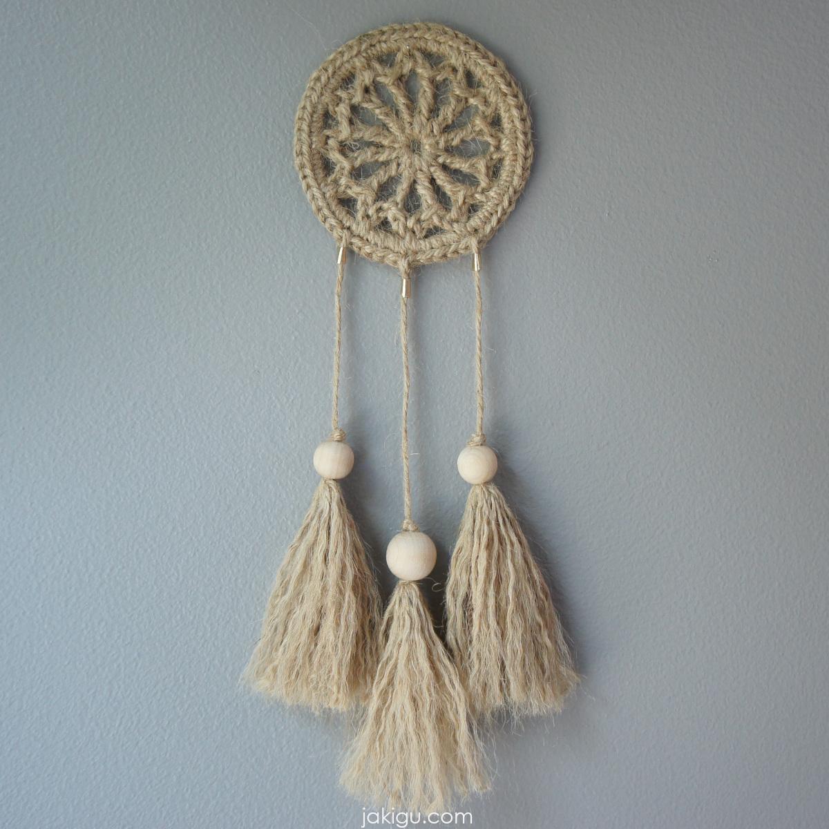 Jute Dream Catcher | | jakigu.com crochet pattern