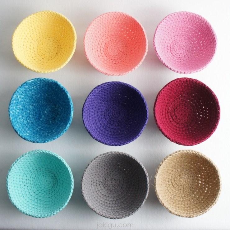 colorful crochet baskets   jakigu.com