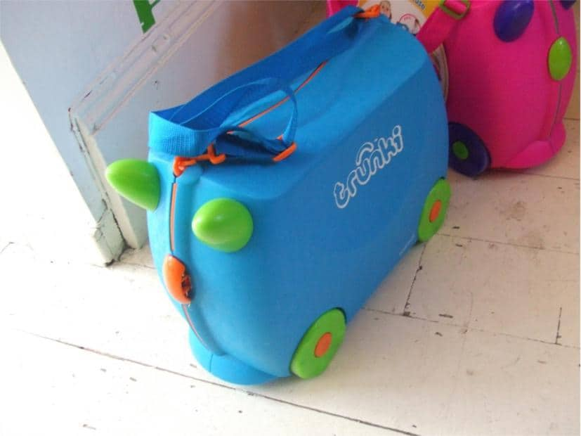 Holiday Packing Tips For Kids + Trunki Giveaway!