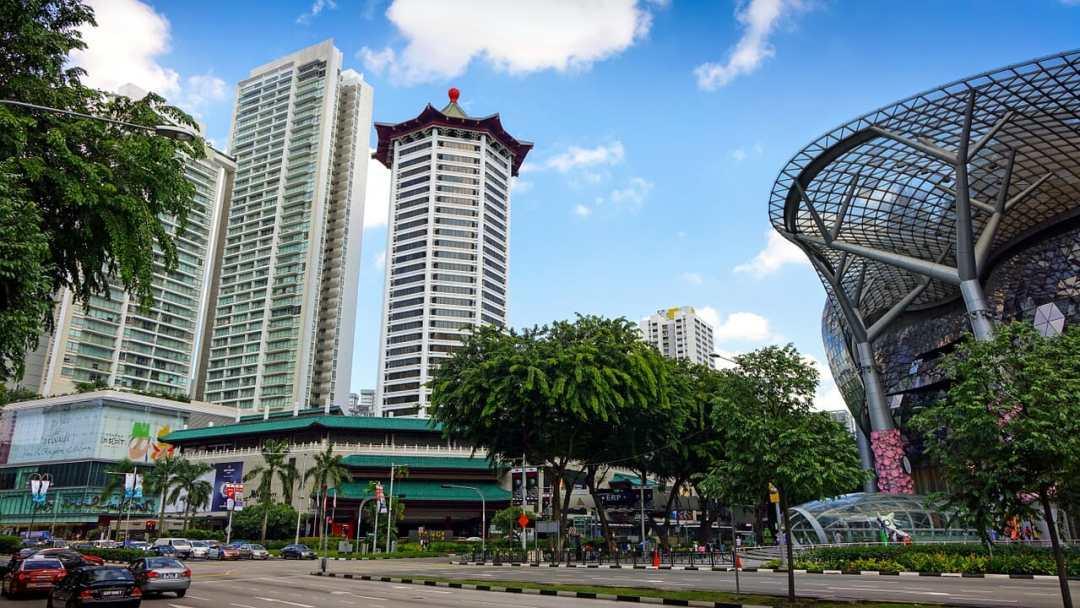 singapore shopping mall