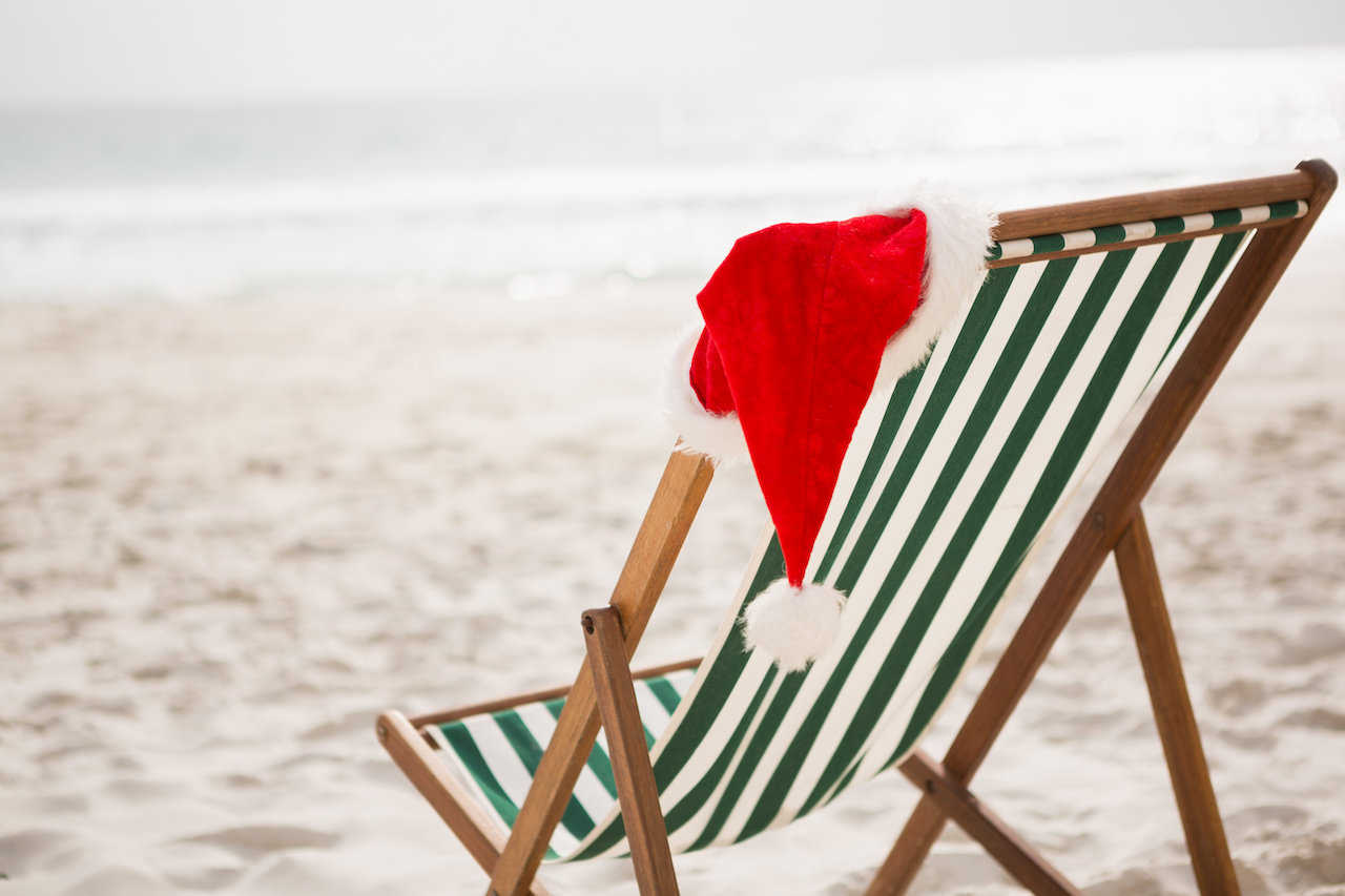 4 Reasons to Enjoy A Christmas by the Sea
