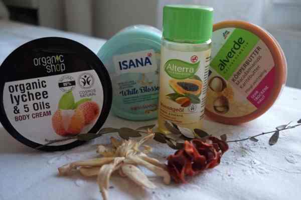 Naturalne kosmetyki do ciała na jesień i zimę | Top 5