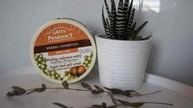 Green Pharmacy, Pelling z masłem shea i zieloną kawą