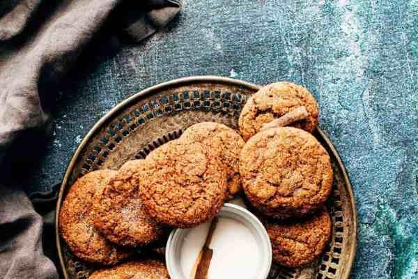 Wegańskie ciasteczka owsiane z żurawiną i kokosem