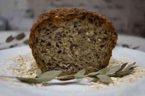 Chleb z ziarnami | łatwy i szybki przepis