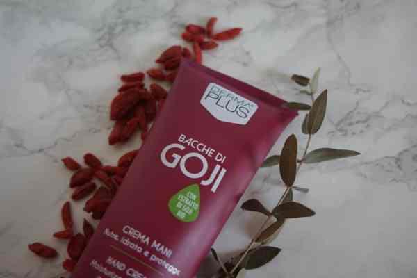 Derma plus, Krem do rąk z ekstraktem z jagód Goji