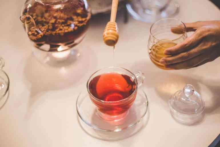 Homemade syrup for cough, throat and immunity