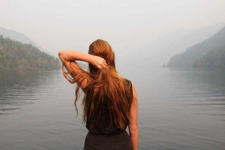 Jak szybko zapuścić włosy? 10 sposobów