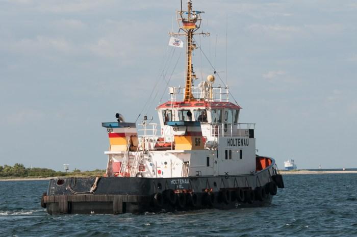 Hafen- und Seeschlepper Holtenau auf der  Förde