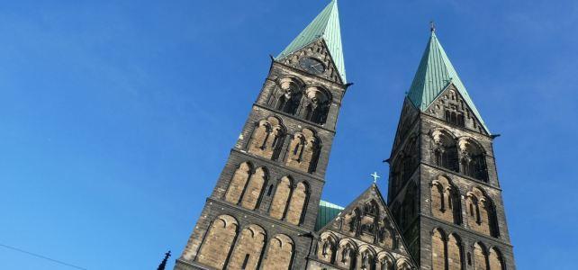 Bremen 2021: Ein Buch des Lebens und Mittagsgebete in der Karwoche