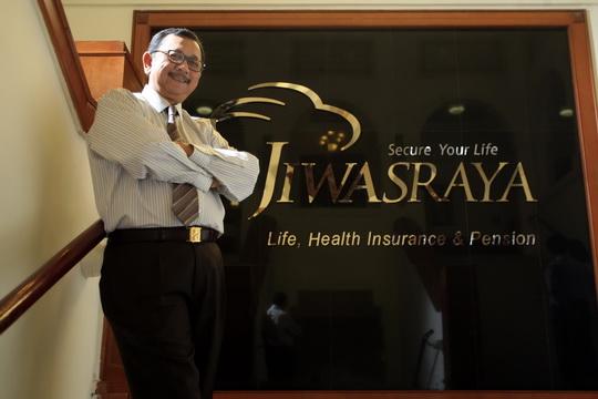 Direktur Utama PT Asuransi Jiwasraya dan Ketua Umum Asosiasi Asuransi Jiwa (AAJI) 2011-2014 Hendrisman Rahim