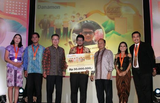 Social Entrepreneur Award