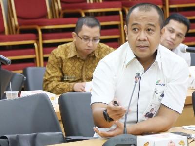 Dirut PD Pasar Jaya Arief Nasrudin saat memberikan paparan dalam rapim di Balai Kota. (beritajakarta)