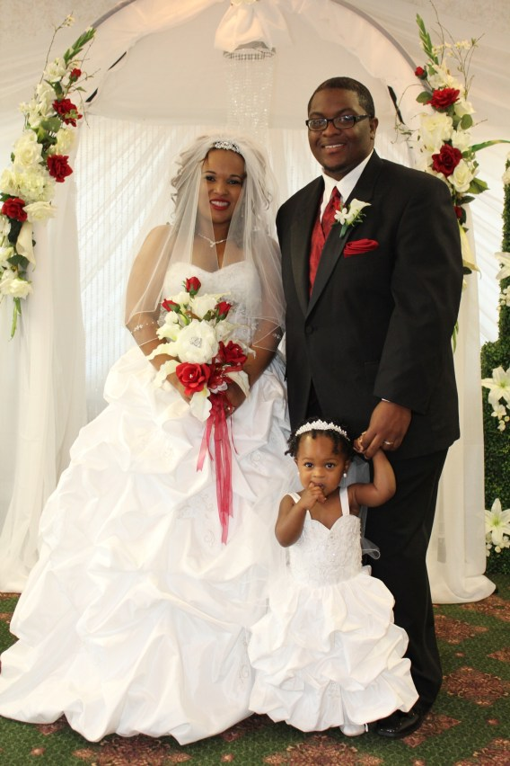 flower girl dresses to match bride
