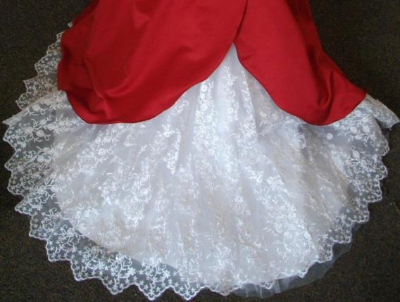 matching wedding party dresses. Brides, bridesmaids, junior and flower girl dresses to match