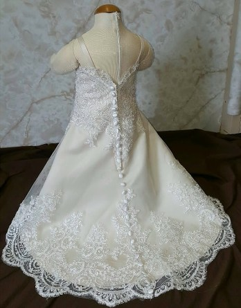 lace infant flower girl dress