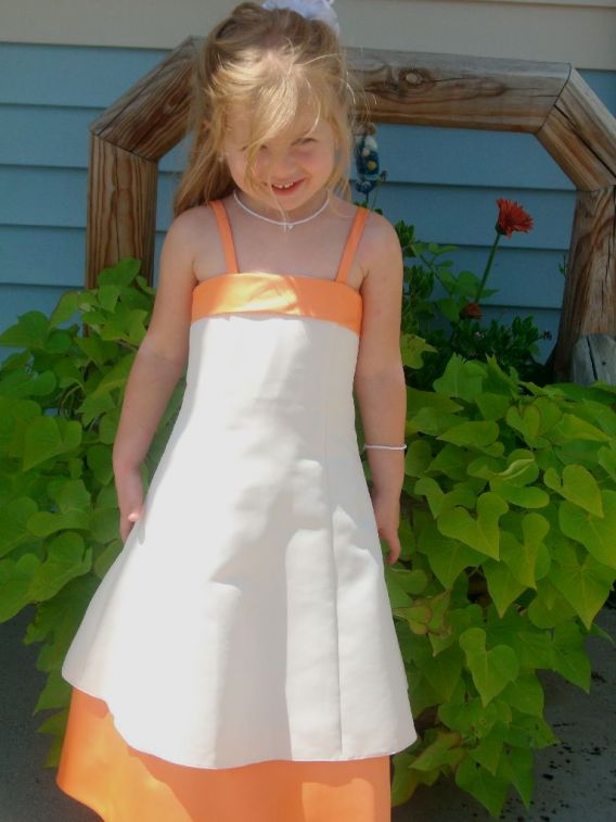 Wheat/tangerine child size 2, 7