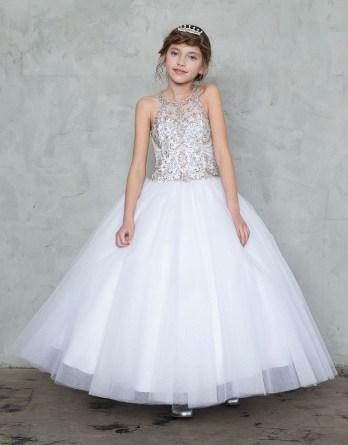 white long sleeveless dress