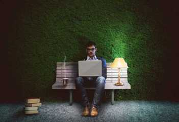 Copywriter SEO - kto to, jak pracuje i ile zarabia?