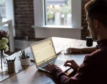 Jak i gdzie szukać pracę w Internecie?
