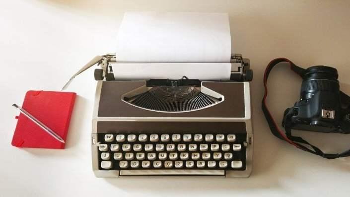 Jak napisać felieton i reportaż? Poradnik!